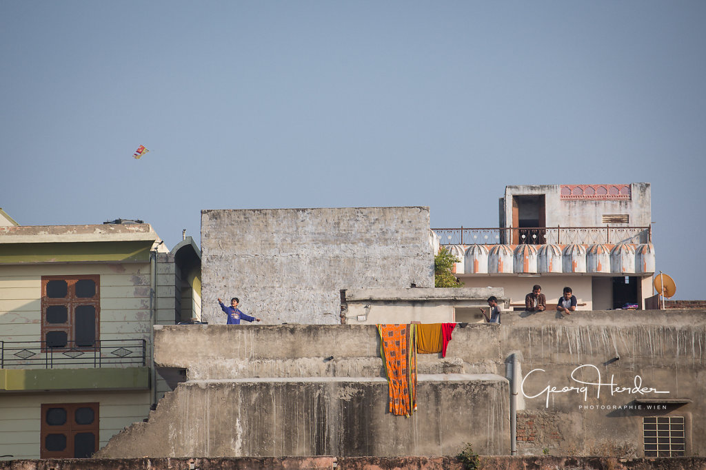 fly a kite - Udaipur